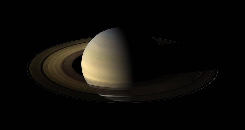 ภาพดาวเสาร์ เมื่อปี 2009 Cassini ข่าวดาราศาสตร์