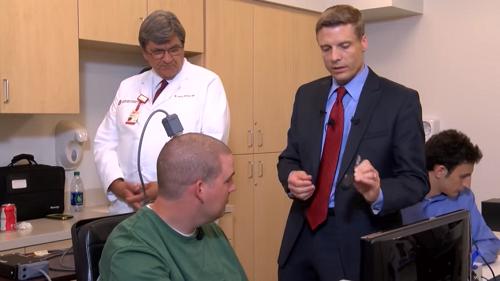 นักวิทย์สามารถเชื่อมคำสั่งจากสมองไปยังแขนที่เป็นอัมพาตได้