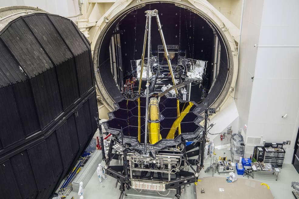 กล้องโทรทรรศน์อวกาศเจมส์ เวบบ์